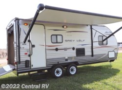 Used 2014 Forest River Grey Wolf 19RR available in Ottawa, Kansas