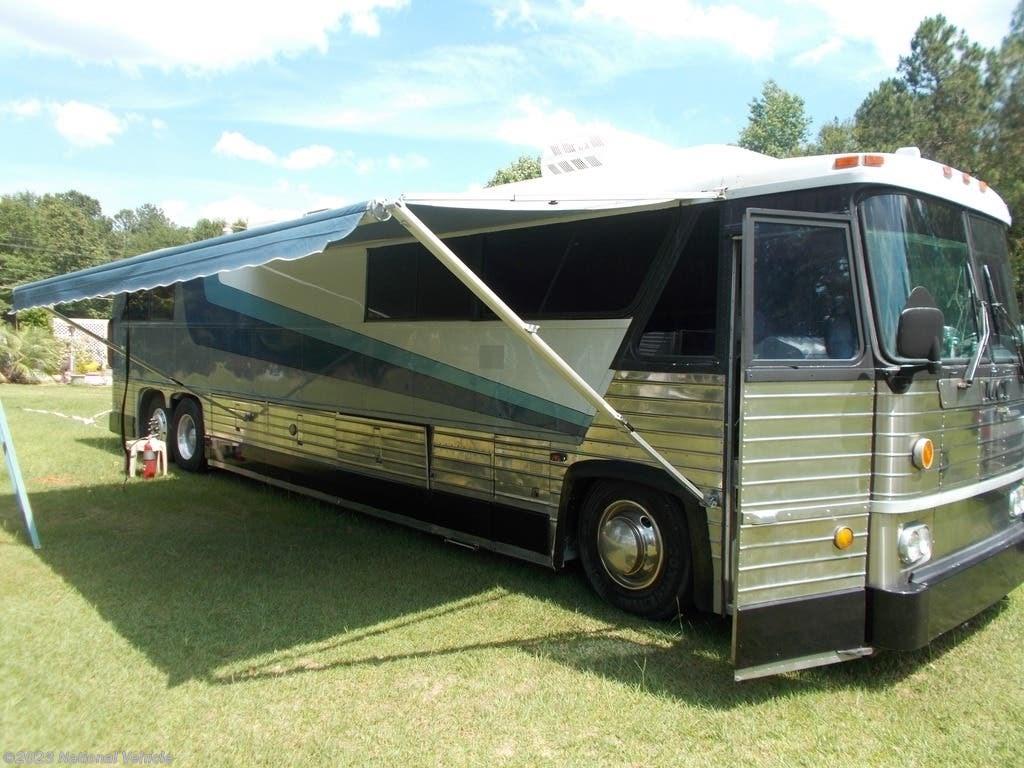 1976 MCI RV MC8 Motorhome Conversion for Sale in Sumter, SC 29153 | c68754