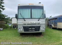 Used 2002  Fleetwood Pace Arrow 35G