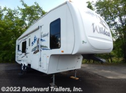 Used 2005  Forest River Wildcat  by Forest River from Boulevard Trailers, Inc. in Whitesboro, NY