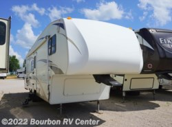 Used 2007  Keystone Laredo 30BH by Keystone from Bourbon RV Center in Bourbon, MO