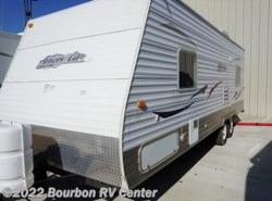 Used 2009  Gulf Stream Ameri-Lite 23BW by Gulf Stream from Bourbon RV Center in Bourbon, MO