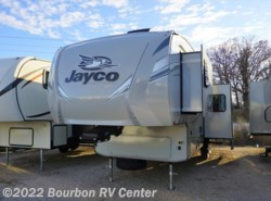 New 2018  Jayco Eagle HT 29.5BHOK by Jayco from Bourbon RV Center in Bourbon, MO