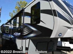 Used 2016  Keystone Fuzion 403 Chrome by Keystone from Brown's RV Superstore in Mcbee, SC