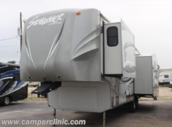 Used 2013  Forest River Silverback 29RE by Forest River from Camper Clinic, Inc. in Rockport, TX
