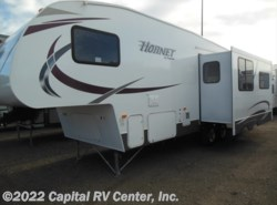 Used 2014  Keystone Hornet 275RLS by Keystone from Capital RV Center, Inc. in Minot, ND