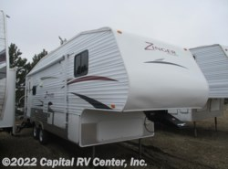 Used 2011  CrossRoads Zinger ZT27RL by CrossRoads from Capital RV Center, Inc. in Bismarck, ND