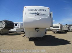 Used 2006  Forest River Cedar Creek 30RTS by Forest River from Capital RV Center, Inc. in Bismarck, ND