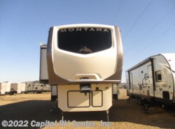 Used 2016  Keystone Montana 3820FK by Keystone from Capital RV Center, Inc. in Minot, ND