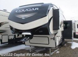 New 2018  Keystone Cougar Half-Ton 25RES by Keystone from Capital RV Center, Inc. in Bismarck, ND