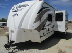 Used 2014  Keystone Cougar XLite 29RBS by Keystone from Capital RV Center, Inc. in Bismarck, ND