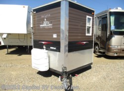Used 2015  Ice Castle RV Edition 17RV0 by Ice Castle from Capital RV Center, Inc. in Bismarck, ND