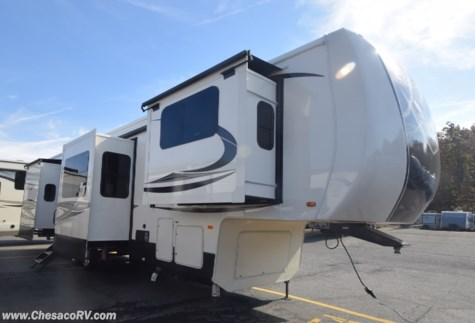 2019 Forest River Cedar Creek Hathaway Edition 38FLX