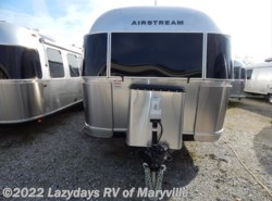 New 2017  Airstream Flying Cloud 27FB Twin by Airstream from Chilhowee RV Center in Louisville, TN