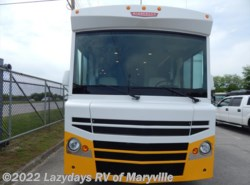 Used 2015  Winnebago Brave 27B by Winnebago from Chilhowee RV Center in Louisville, TN