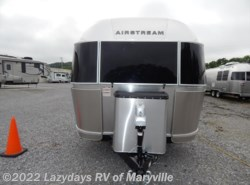 New 2018  Airstream International Signature 23FB by Airstream from Chilhowee RV Center in Louisville, TN