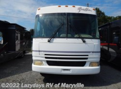Used 2002  Fleetwood Fiesta 31H by Fleetwood from Chilhowee RV Center in Louisville, TN