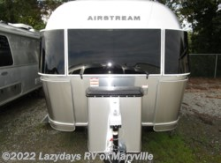 Used 2019 Airstream International Signature 25RBQ available in Louisville, Tennessee