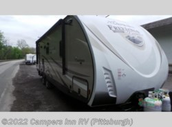 New 2018  Coachmen Freedom Express Liberty Edition 279RLDSLE by Coachmen from Campers Inn RV in Ellwood City, PA