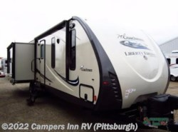 Used 2015  Forest River  Freedom Express 321BHSLE by Forest River from Campers Inn RV in Ellwood City, PA