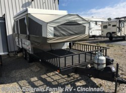Used 2009  Forest River Rockwood Freedom Series 282TXR by Forest River from Colerain RV of Cinncinati in Cincinnati, OH