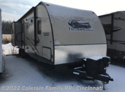 Used 2015  Coachmen Freedom Express 320BHDS by Coachmen from Colerain RV of Cinncinati in Cincinnati, OH