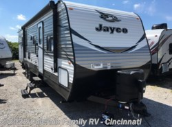 New 2018  Jayco Jay Flight 32BHDS by Jayco from Colerain RV of Cinncinati in Cincinnati, OH
