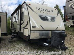 Used 2015  CrossRoads Sunset Trail 300BH by CrossRoads from Colerain RV of Cinncinati in Cincinnati, OH