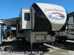 New 2018  Forest River Sandpiper 377FLIK by Forest River from Colonia Del Rey RV in Corpus Christi, TX