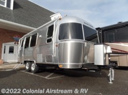 New 2017  Airstream Flying Cloud 23FB Queen by Airstream from Colonial Airstream & RV in Lakewood, NJ