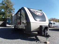 Used 2015  Winnebago Ultralite 27RBDS by Winnebago from Colonial Airstream & RV in Lakewood, NJ