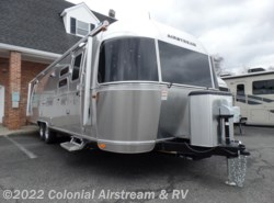 New 2018 Airstream International Signature 30RBQ Queen available in Lakewood, New Jersey