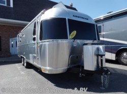 Used 2017  Airstream Flying Cloud 25FBT Twin by Airstream from Colonial Airstream & RV in Lakewood, NJ
