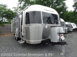New 2019 Airstream International Signature 25RBT Twin available in Lakewood, New Jersey