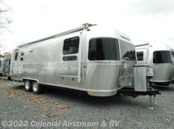 New 2019 Airstream International Signature 27FBT Twin available in Lakewood, New Jersey
