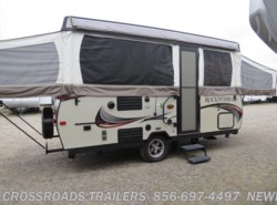 Used 2017  Forest River Rockwood HW276 by Forest River from Crossroads Trailer Sales, Inc. in Newfield, NJ