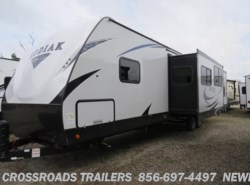 New 2018  Dutchmen Kodiak 331BHSL by Dutchmen from Crossroads Trailer Sales, Inc. in Newfield, NJ