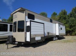 New 2018  Forest River Salem Grand Villa 42DL2 by Forest River from Crossroads Trailer Sales, Inc. in Newfield, NJ