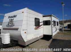 Used 2004  Fleetwood Prowler 300BH by Fleetwood from Crossroads Trailer Sales, Inc. in Newfield, NJ