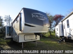 New 2018  Forest River Wildcat 32WB by Forest River from Crossroads Trailer Sales, Inc. in Newfield, NJ