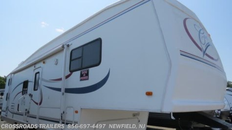 2004 Forest River Cardinal 312BH