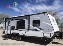 New 2017  Jayco Jay Feather 22FQSW by Jayco from Affinity RV in Prescott, AZ