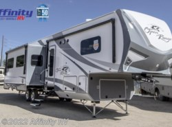 New 2018  Highland Ridge Roamer 374BHS by Highland Ridge from Affinity RV in Prescott, AZ