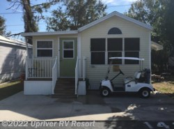 Used 1994  Fleetwood   by Fleetwood from Upriver RV Resort in North Fort Myers, FL